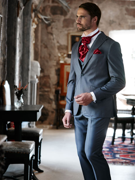 Cavaliere Suits real people 113389ef01d47